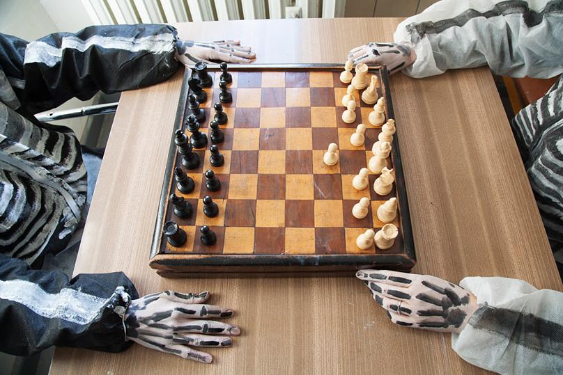 http://www.heikehamann.de/files/gimgs/107_chess2012-10-heikehamann-web.jpg