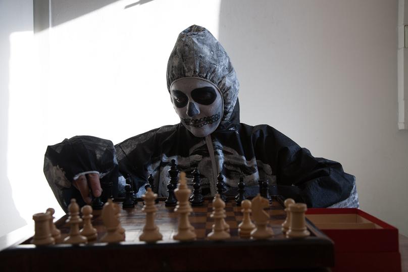 http://www.heikehamann.de/files/gimgs/107_chess2012-5-heikehamann-web_v2.jpg