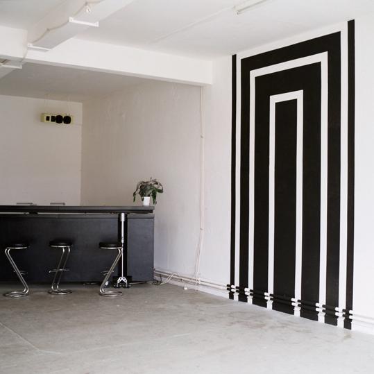 http://www.heikehamann.de/files/gimgs/76_projektiv-ia-space-related-painting-hhamann-.jpg