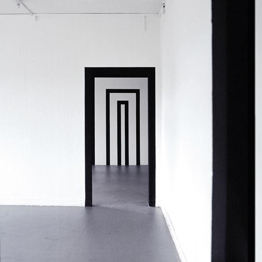 http://www.heikehamann.de/files/gimgs/76_projektiv-ig-space-related-painting-hhamann-.jpg